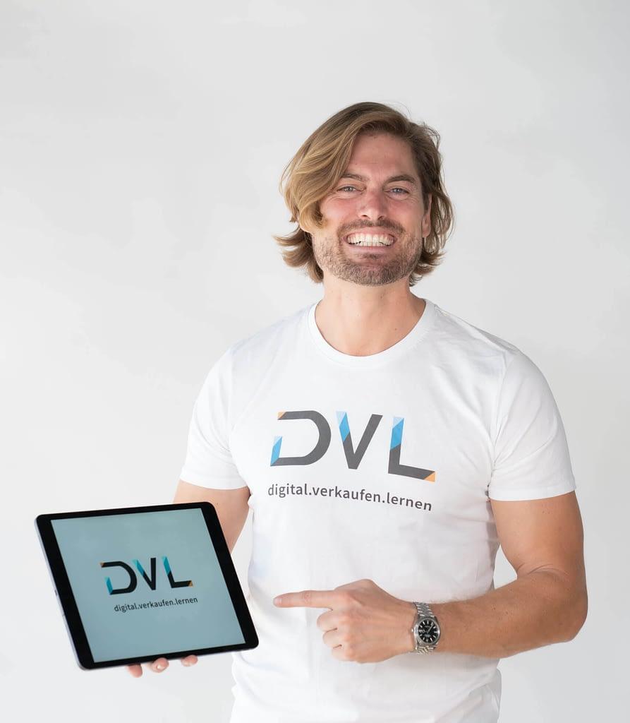 Daniel Steven